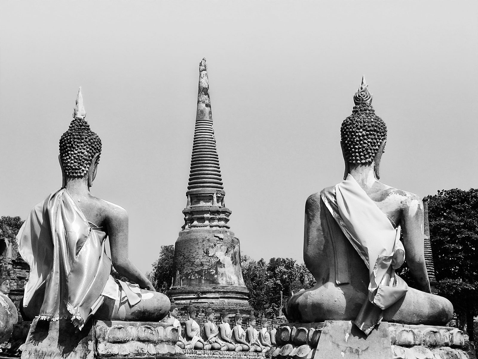 Black and White Picture of Two Buddha Statues